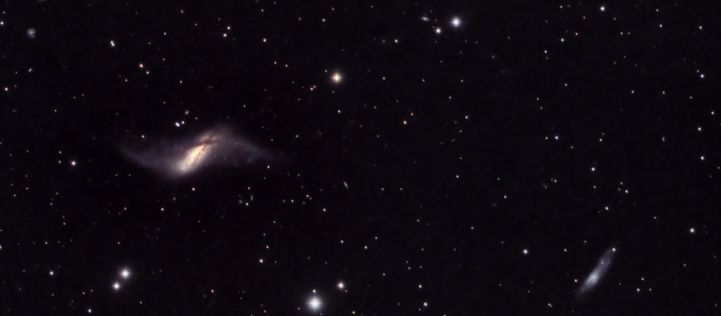 NGC660 polar ring galaxy