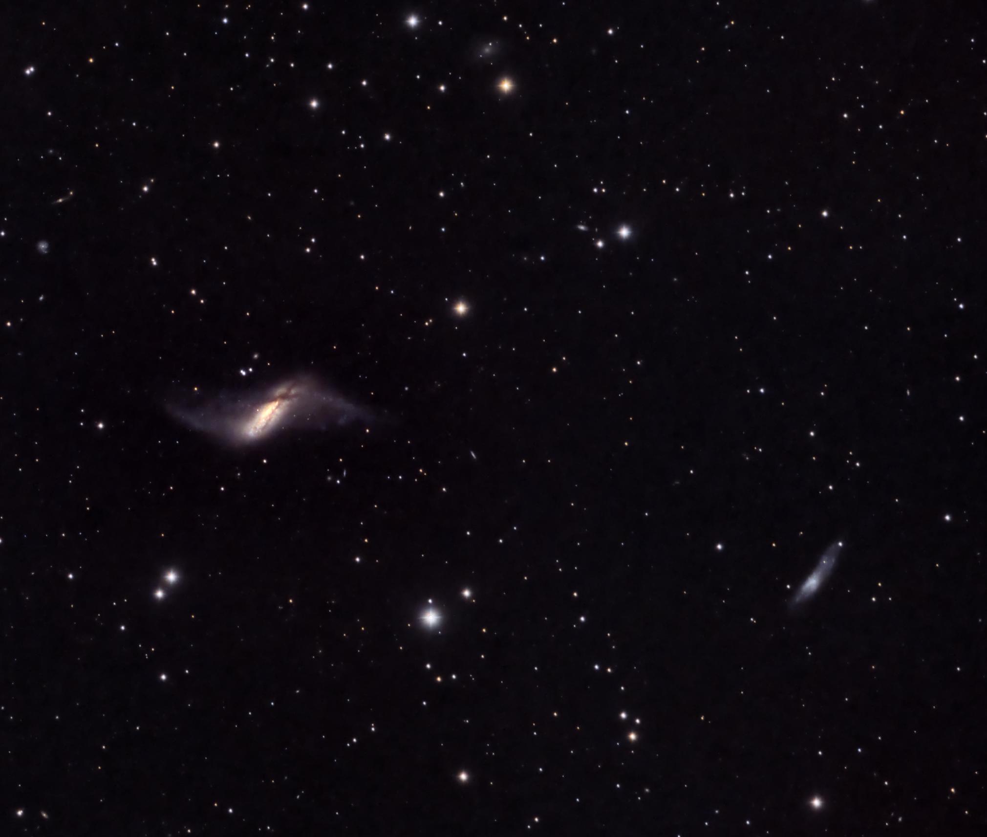 NGC660 polar ring galaxy